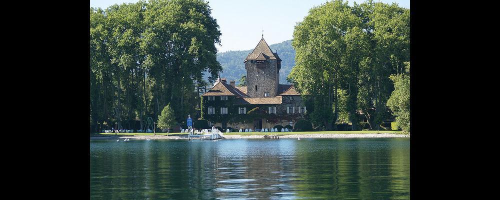 Chateau coudrée, lac léman bar